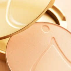Beyond Matte Finishing Powder Compacts